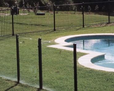 pool fencing frankston
